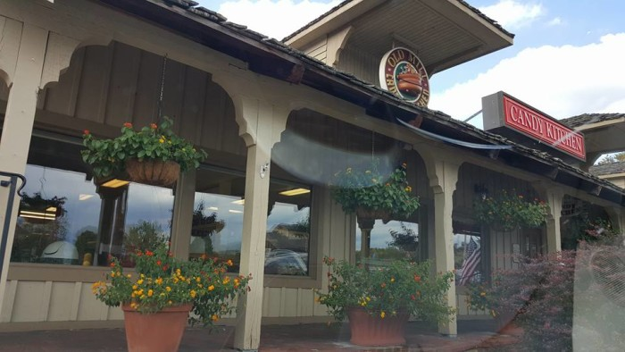 5) Old Mill Candy Kitchen - Pigeon Forge