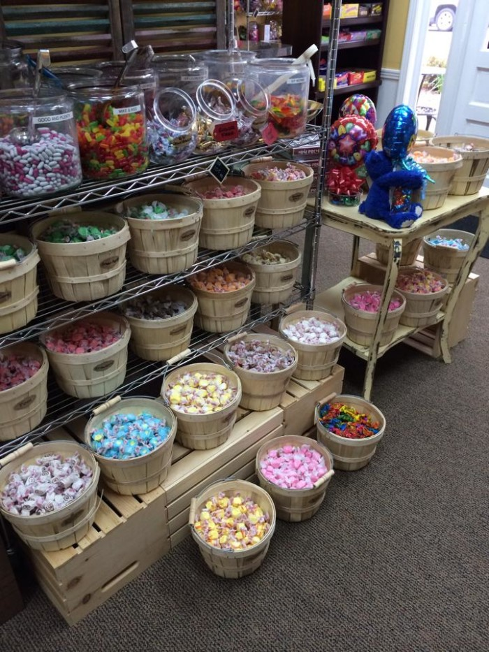 10) Claire's Candy Shop - Tullahoma