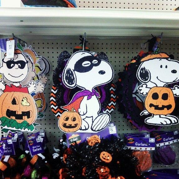 5. Halloween and Fall Decor