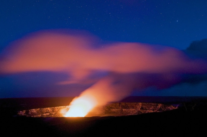 2) Hawaii Volcanoes National Park is a dream for any photographer.