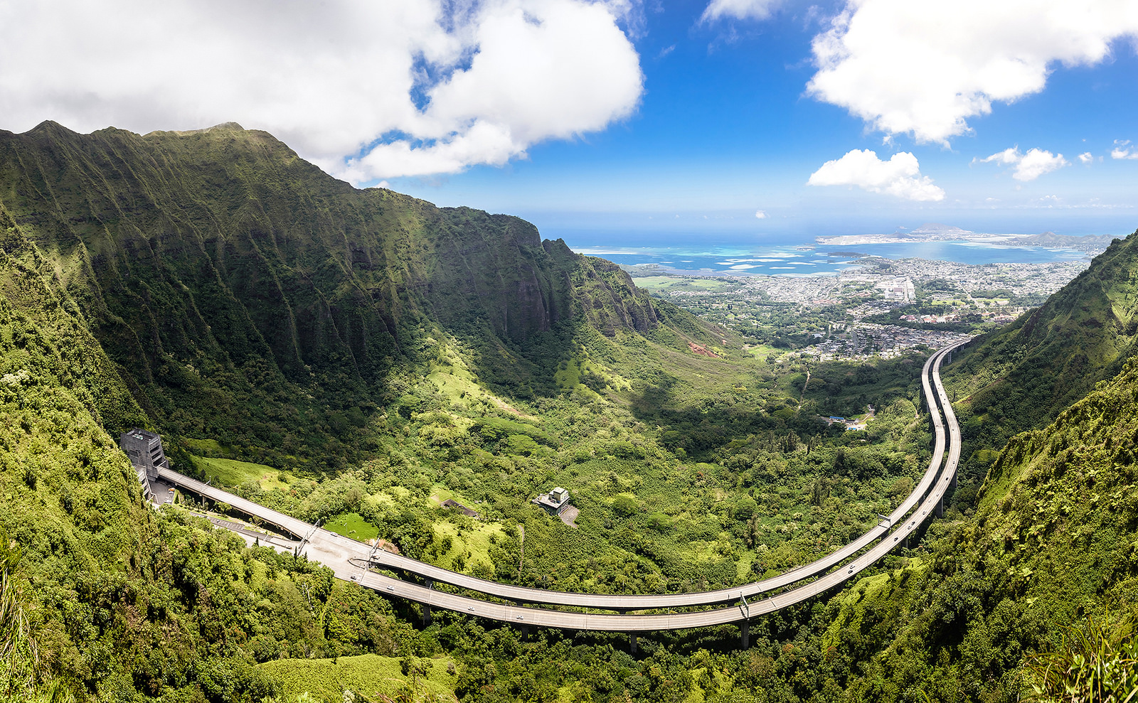 Take these 13 roads in hawaii for an unforgettable scenic for The windward