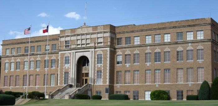 8) Hutchinson County