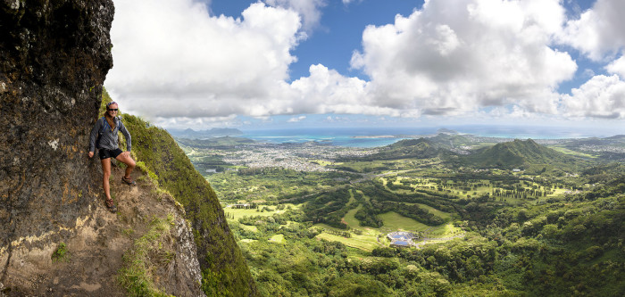 1) I'd stay away from this particular spot near the Nuuanu Pali Lookout if you are afraid of heights.