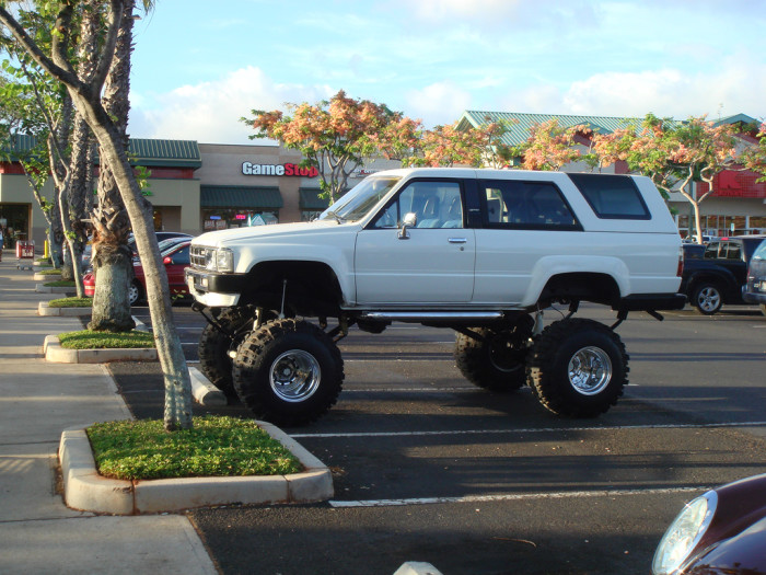 11) I'm honestly curious as to how anyone gets in this vehicle.