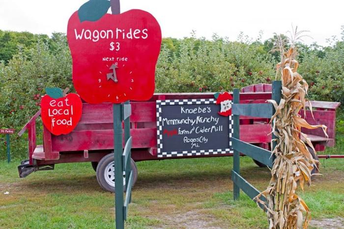 3) Knaebe's Mmmunch Krunchy Apple Farm, Rogers City