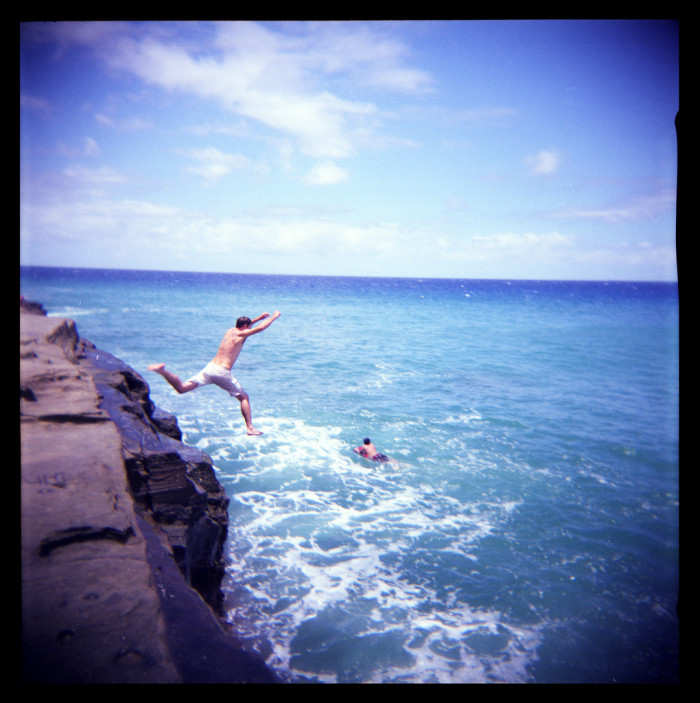 4) Known as China Walls, this beautiful portlock in Hawaii Kai is a popular spot for cliff jumping and swimming.