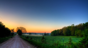Take These 15 Country Roads in Missouri For An Unforgettable Scenic Drive
