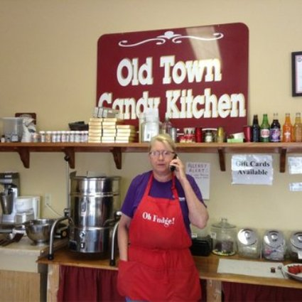 4) Old Town Candy Kitchen