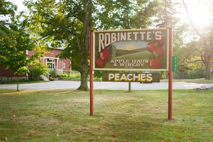 2) Robinette's Apple Haus & Winery, Grand Rapids