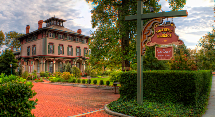 5. The Southern Mansion in Cape May. Owning a property here can get pricey, but it's free to roam the streets!