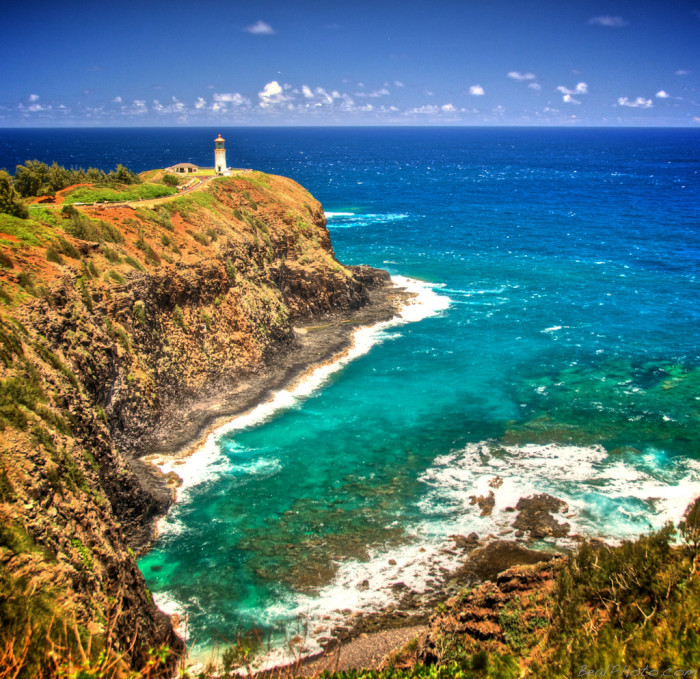 1) The gorgeous turquoise water near Kilauea Point Lighthouse makes it a wonderful spot to watch the waves crash against the shore.