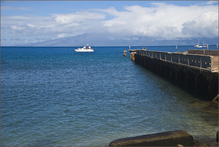 10) This now-abandoned wharf in Maui would be ideal for a stunning photo shoot.