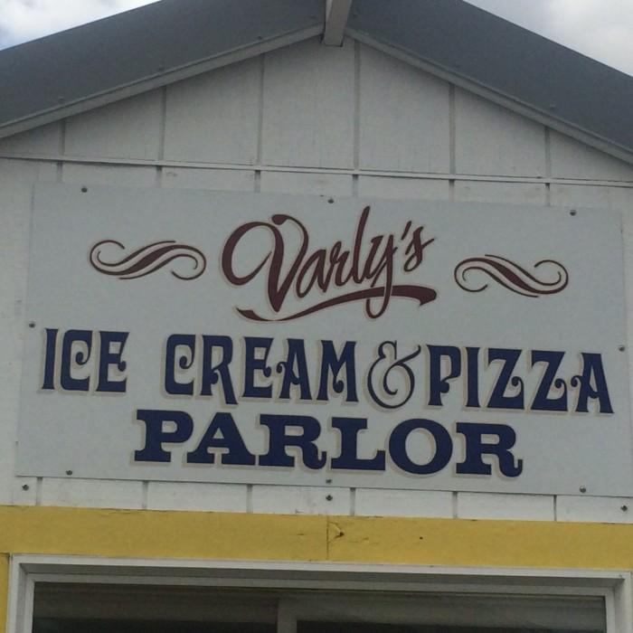 7) Varly's Ice Cream Parlor, Whittier