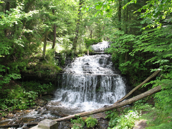 1) Waterfall, UP