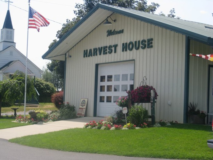 5. Beck's Harvest House in Greenbluff Farms, Colbert