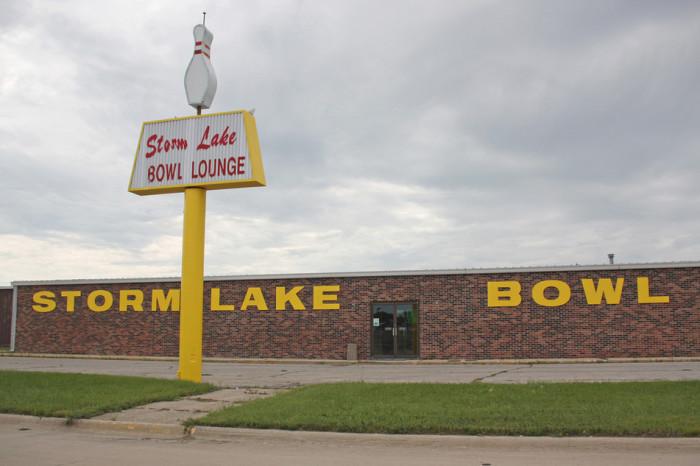 4. Storm Lake Bowl, Storm Lake