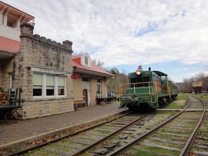 3. Eureka Springs and North Arkansas Railway