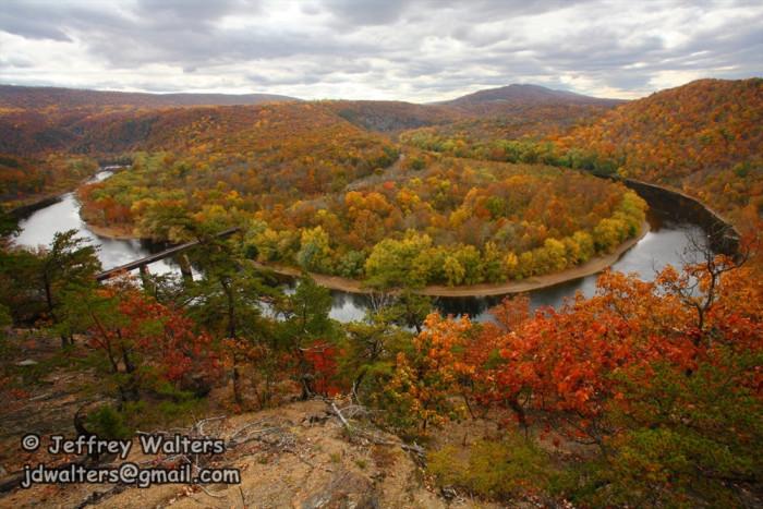 12 reasons why fall is the best time of the year in west for West fall