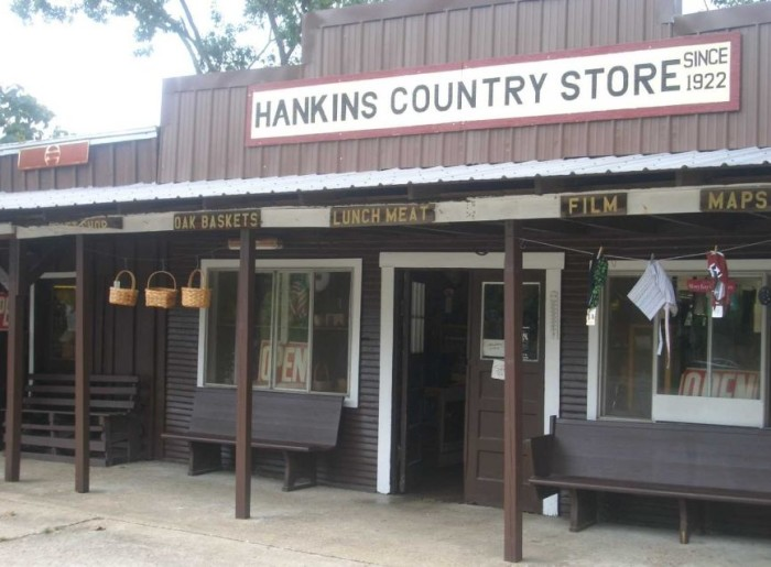 4. Hankins Country Store