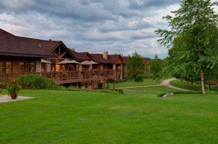 15. Enjoy a getaway to Sugar Lake Lodge located on one of MN's clearest lakes. The activities and the food will keep your loved ones feeling relaxed and renewed.