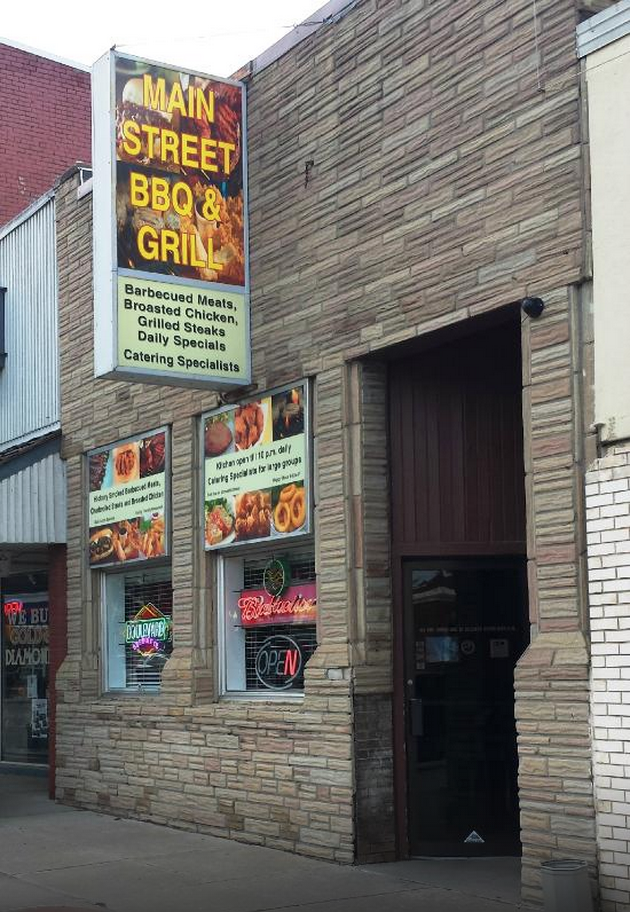 13. Main Street BBQ & Grill, Blair