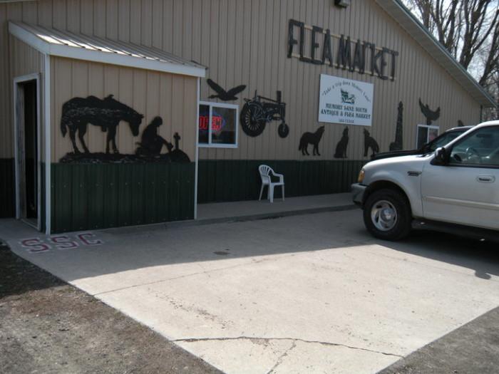 9. Memory Lane Flea Market, Dakota City