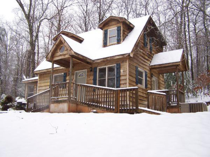 9. Mountain Rest Cabins & Campground