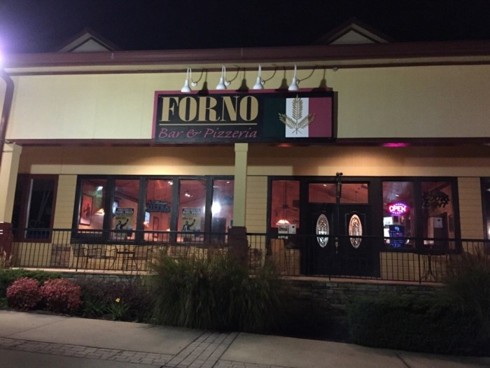 9. Forno Sports Bar & Pizzeria - 218 Foothills Pkwy, Marble Hill, GA 30148