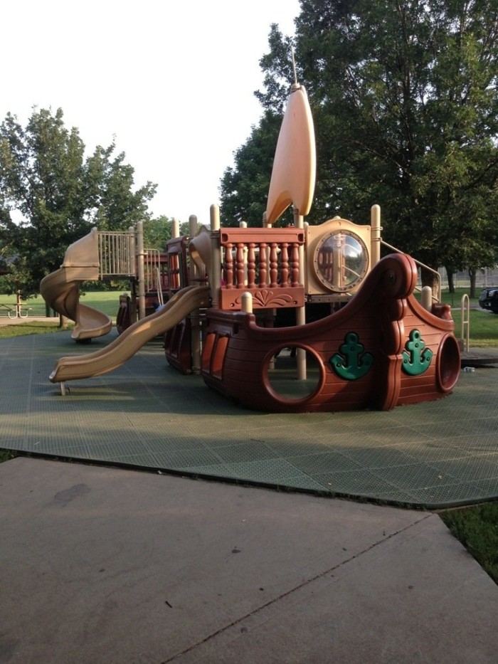 1. Frontier Park (Olathe)