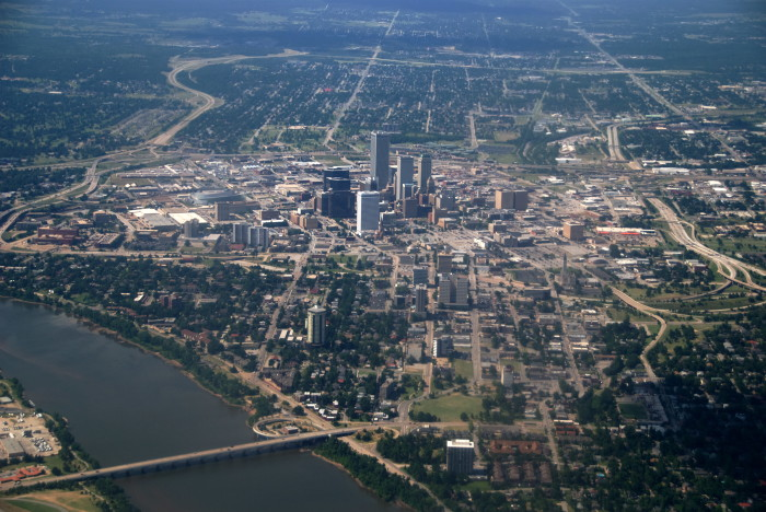 5.) Another landing view...downtown Tulsa on approach to Tulsa International Airport.
