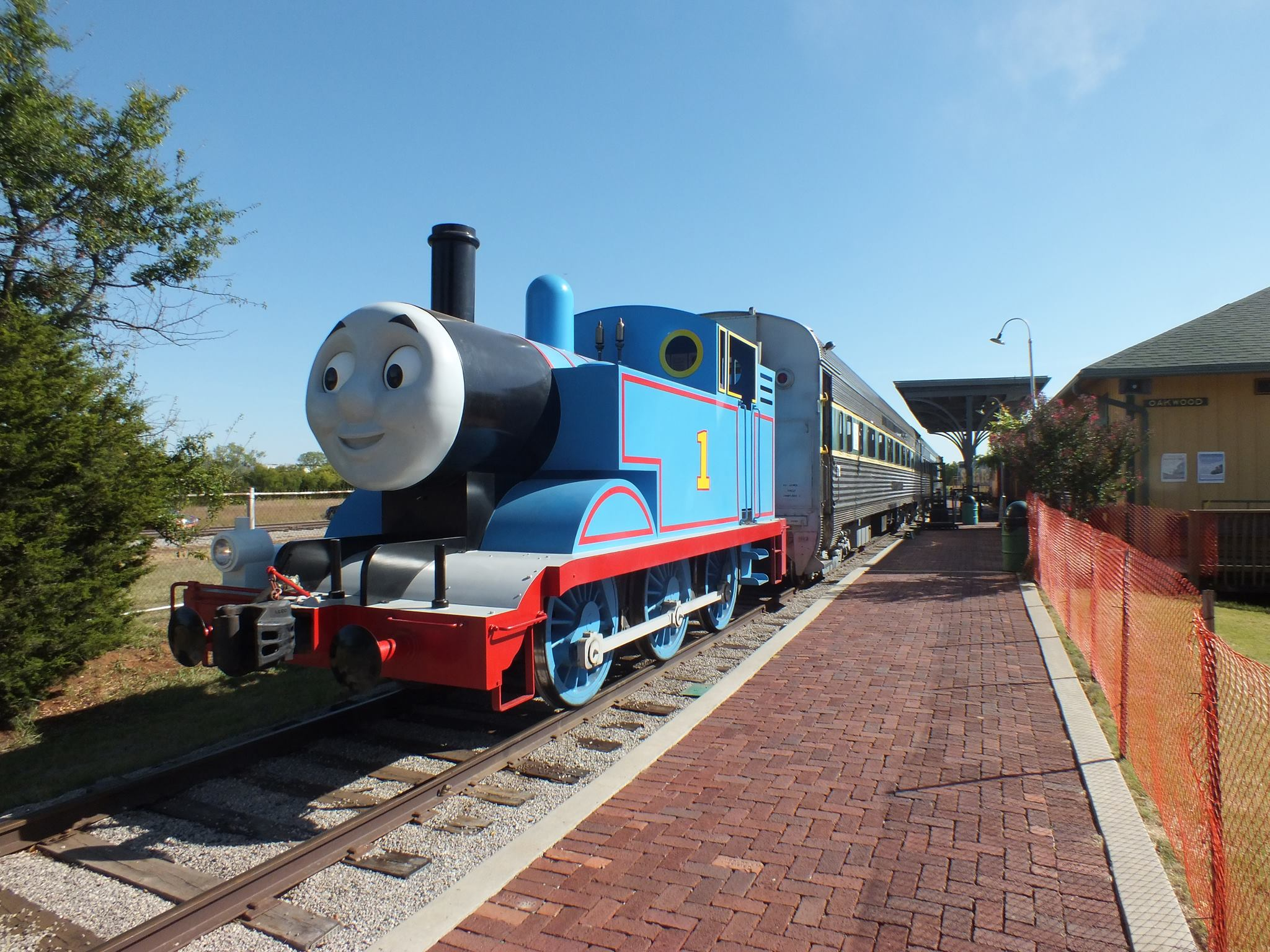 7 Beautiful Trains Rides In Oklahoma