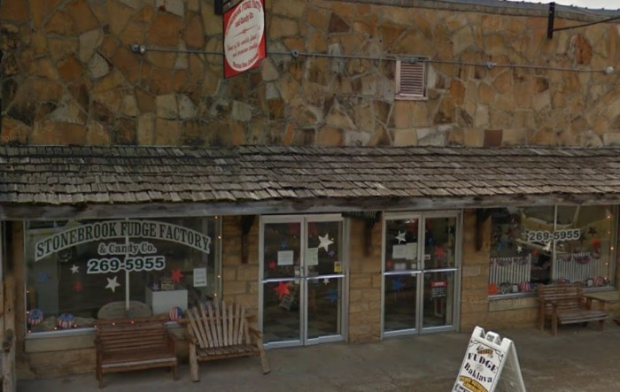 3. Stonebrook Fudge Factory and Candy