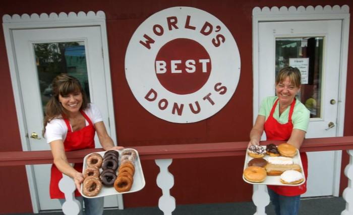 6. World's Best Donuts, Grand Marais