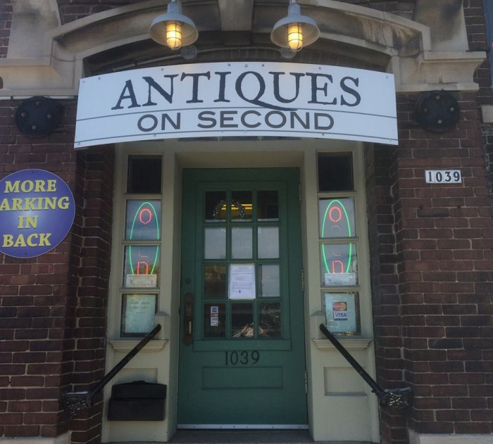 10. Antiques on Second (Milwaukee)