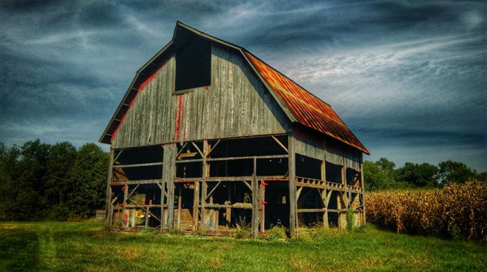 1. Chad took this great photo of an old Illinois barn.