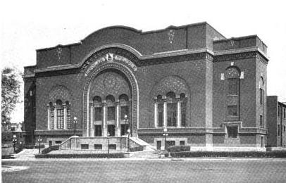 1. Moolah Cinema and Lounge, St. Louis