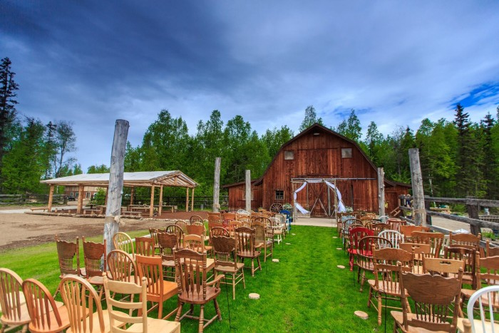 4) Gloryview Barn, a great place for a wedding!
