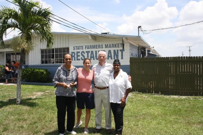2. Farmers Market Restaurant, Fort Myers