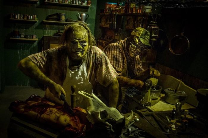9) Terror Nights Haunted House (Tyler)