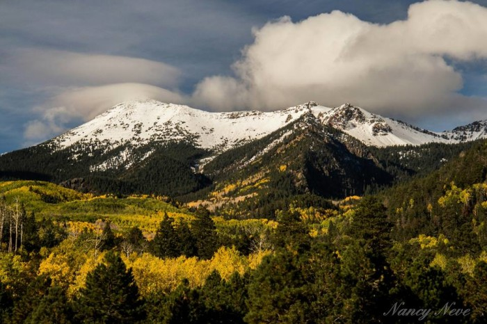 1. Since those fall colors are already appearing in different areas of the state, let's start off with some images of beautiful fall foliage. This one shows off the San Francisco Peaks as seen from Lockett Meadow last week.
