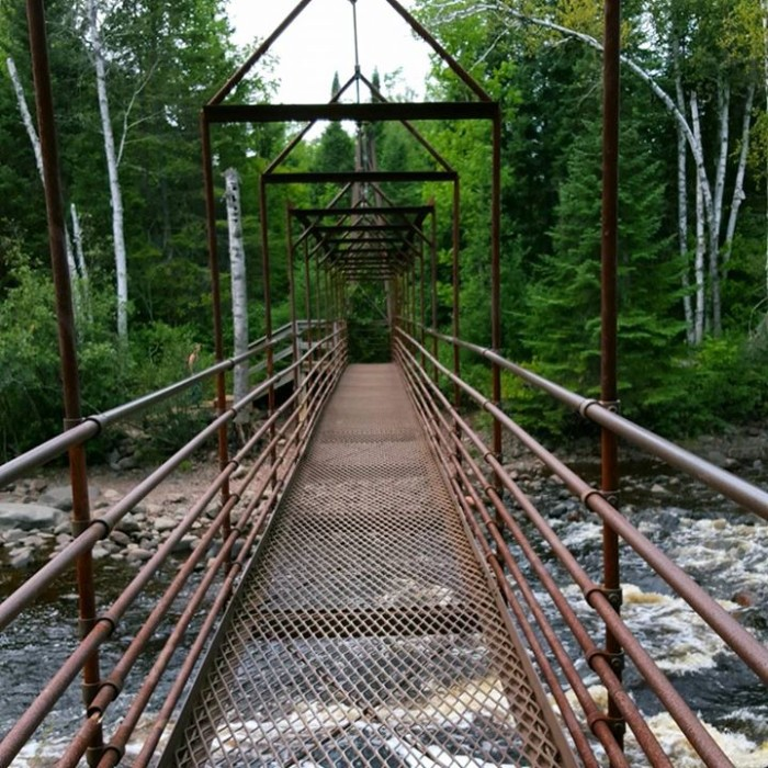 20. This classic bridge photo was perfectly captured by Amy Boyson French.