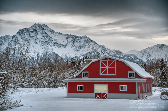 5) Another beautiful barn in the Mat-Su Valley.