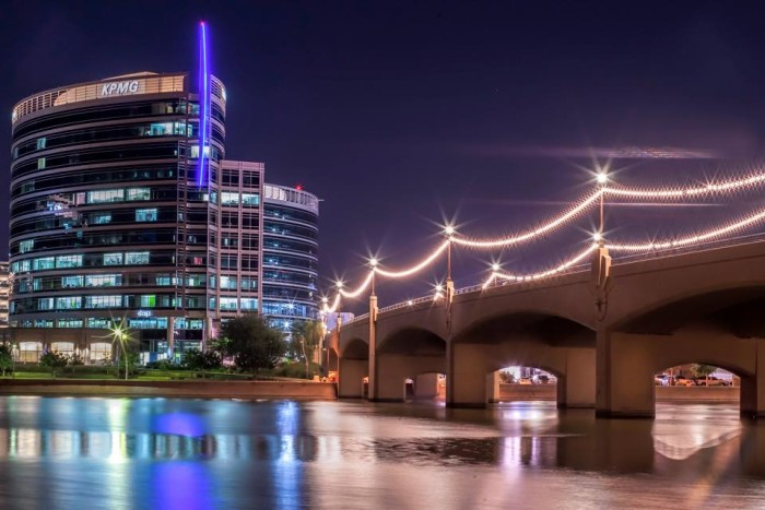 12. Tempe Town Lake looks stunning in this night photo!