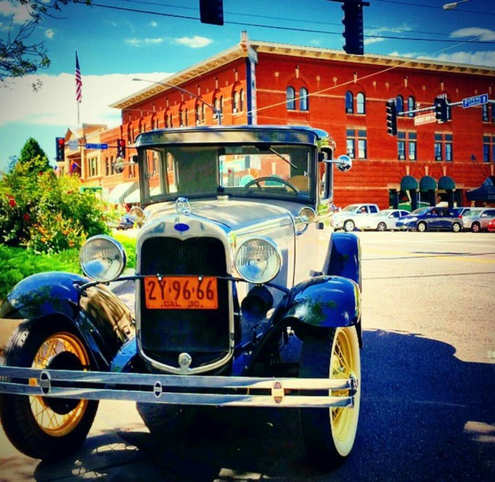 16. Ever been to Whiskey Row in Prescott? Here's a vibrant preview of what you may see.