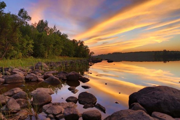 5. Eric Elstad expertly captured the Fall Lake Campground in Ely to get this phenomenal photo!