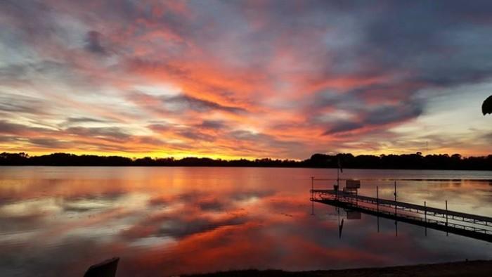 8. Brandi Fowler took this stunning reflective photo on Little Lake Osakis.