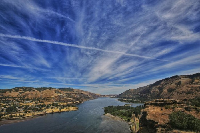 10) A gestural sky at Tom McCall Preserve, photographed by Rodolfo Balan Jr.