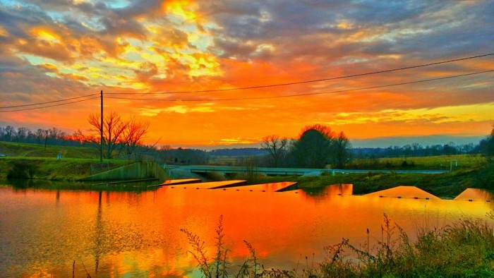 14. Dorothy Boling Lewis shared a picture of Indiana with us! She didn't tell us where in Indiana she took the picture at, but look at the pretty orange coloring! Incredible!