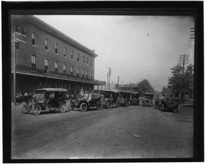 12. Cars line up outside of Brookhaven's Inez Hotel, circa 1900.