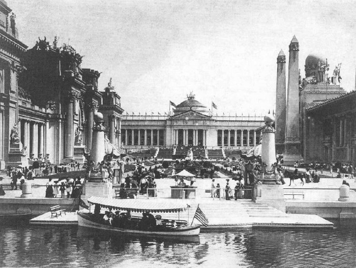 12.The Government Building at the 1904 World's Fair held in St. Louis in Forest Park.